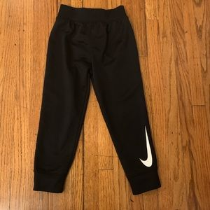 Nike dri fit joggers size 3